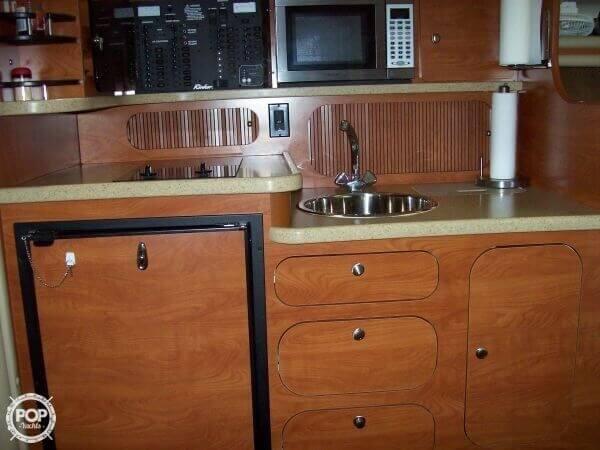 2006 Rinker 342 Cruiser - image 7