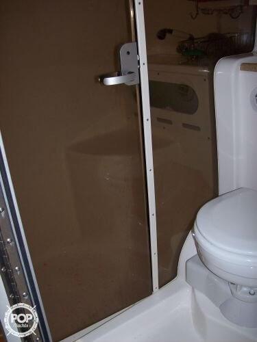 2006 Rinker 342 Cruiser - image 14