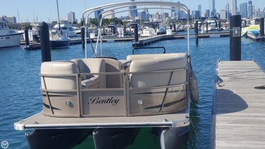 Bentley Elite Cruise 250, 24', for sale - $25,000