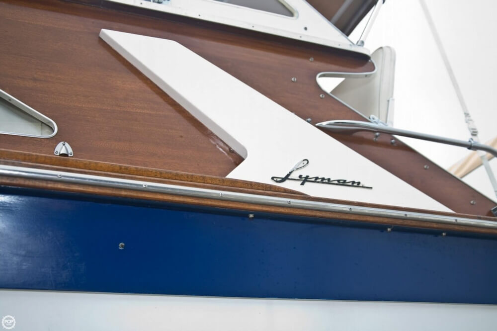 1969 Lyman boat for sale, model of the boat is 30' Express Cruiser & Image # 31 of 40