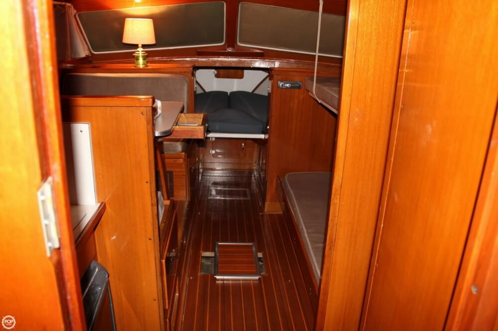 1969 Lyman boat for sale, model of the boat is 30' Express Cruiser & Image # 6 of 40