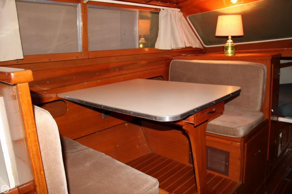 1969 Lyman boat for sale, model of the boat is 30' Express Cruiser & Image # 7 of 40