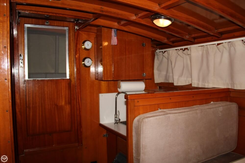 1969 Lyman boat for sale, model of the boat is 30' Express Cruiser & Image # 8 of 40