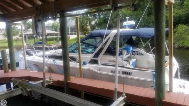 Sea Ray 300 Weekender, 30', for sale - $19,999