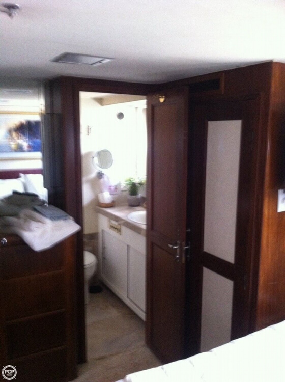 1985 Hatteras boat for sale, model of the boat is 80 CPMY & Image # 20 of 40