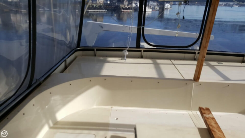 1985 Hatteras boat for sale, model of the boat is 80 CPMY & Image # 35 of 40