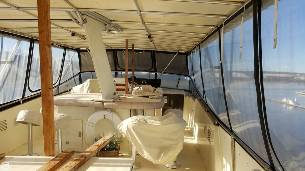1985 Hatteras boat for sale, model of the boat is 80 CPMY & Image # 39 of 40