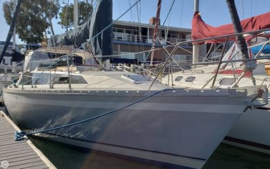 O'day 322, 32', for sale - $25,000