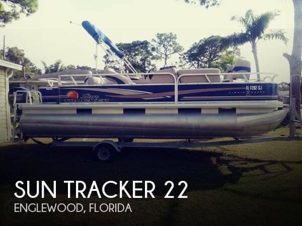 2013 Sun Tracker 22