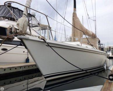 Ericson Yachts 38, 37', for sale - $45,000
