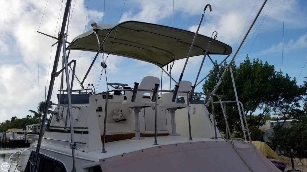 1986 Egg Harbor boat for sale, model of the boat is 33 & Image # 3 of 40