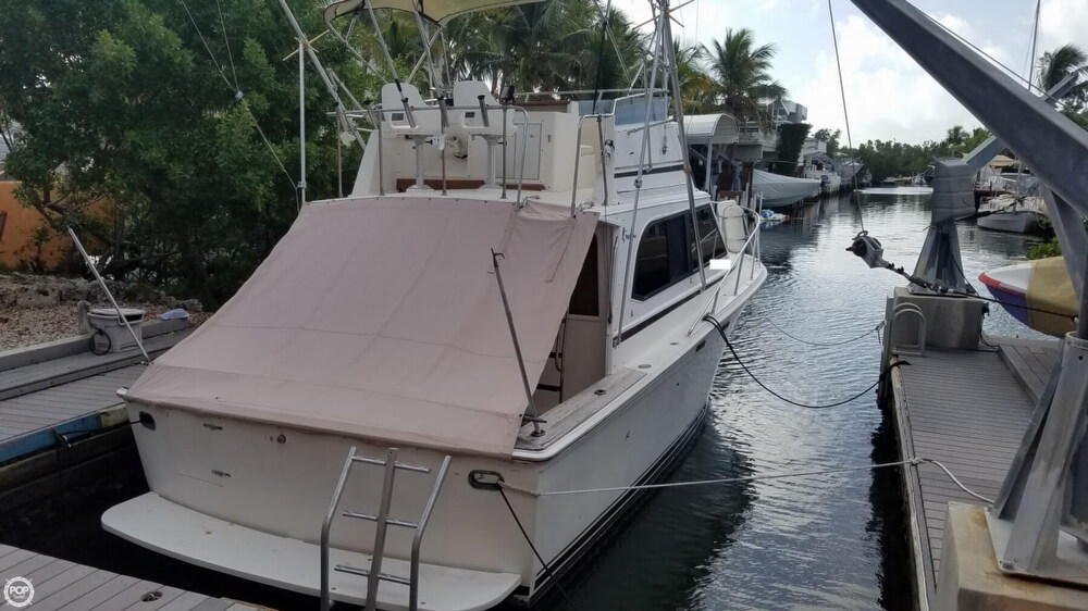 1986 Egg Harbor boat for sale, model of the boat is 33 & Image # 32 of 40