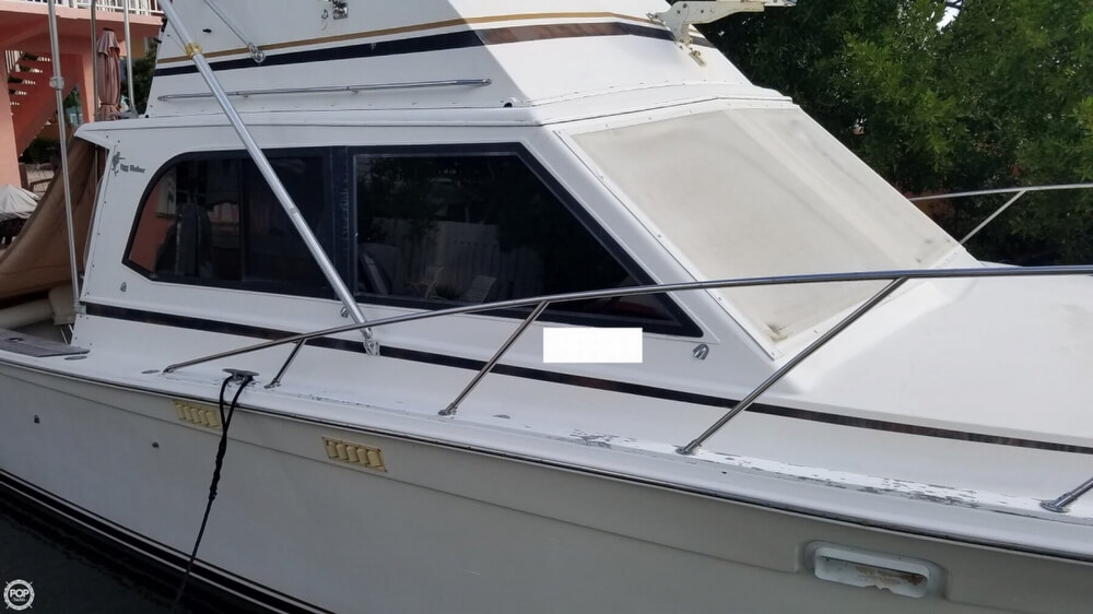 1986 Egg Harbor boat for sale, model of the boat is 33 & Image # 37 of 40