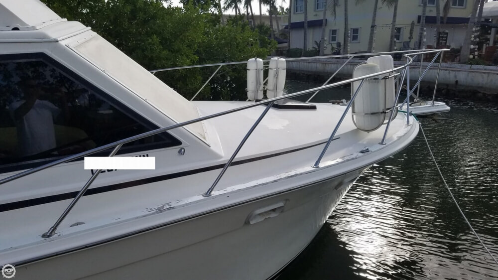 1986 Egg Harbor boat for sale, model of the boat is 33 & Image # 38 of 40