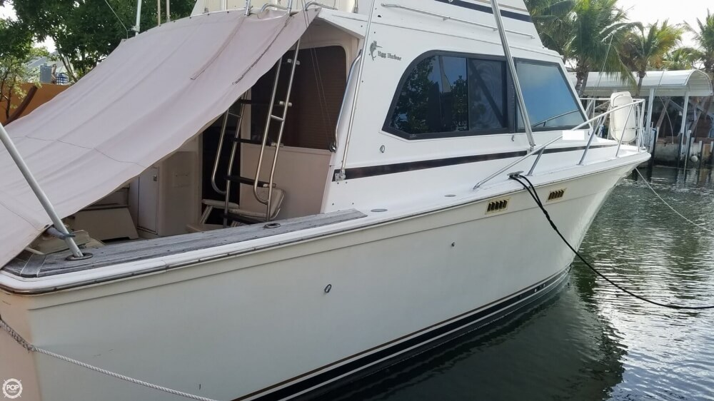 1986 Egg Harbor boat for sale, model of the boat is 33 & Image # 39 of 40