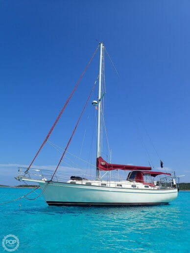 Island Packet 38, 38, for sale - $79,900