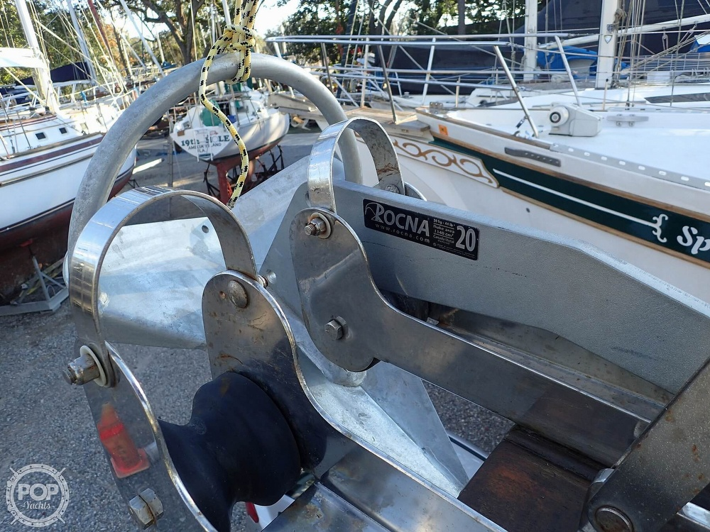 1988 Island Packet boat for sale, model of the boat is 38 & Image # 23 of 40