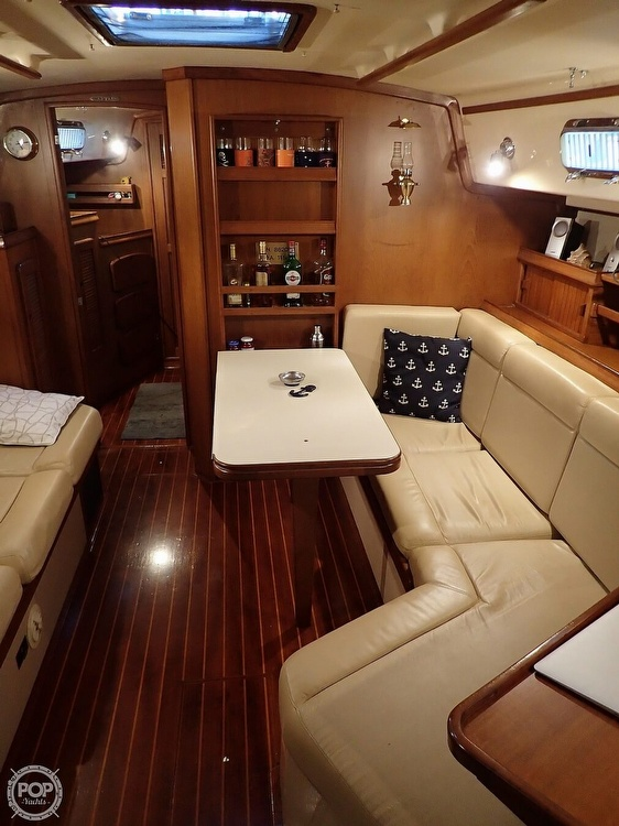 1988 Island Packet boat for sale, model of the boat is 38 & Image # 27 of 40