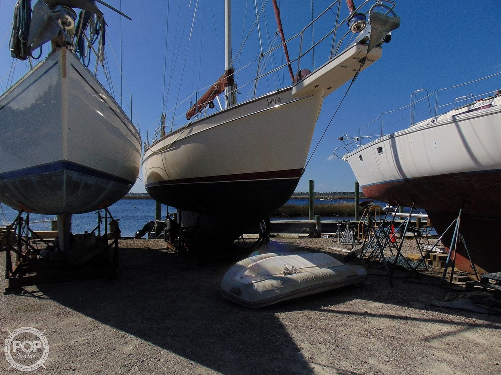 1988 Island Packet boat for sale, model of the boat is 38 & Image # 35 of 40