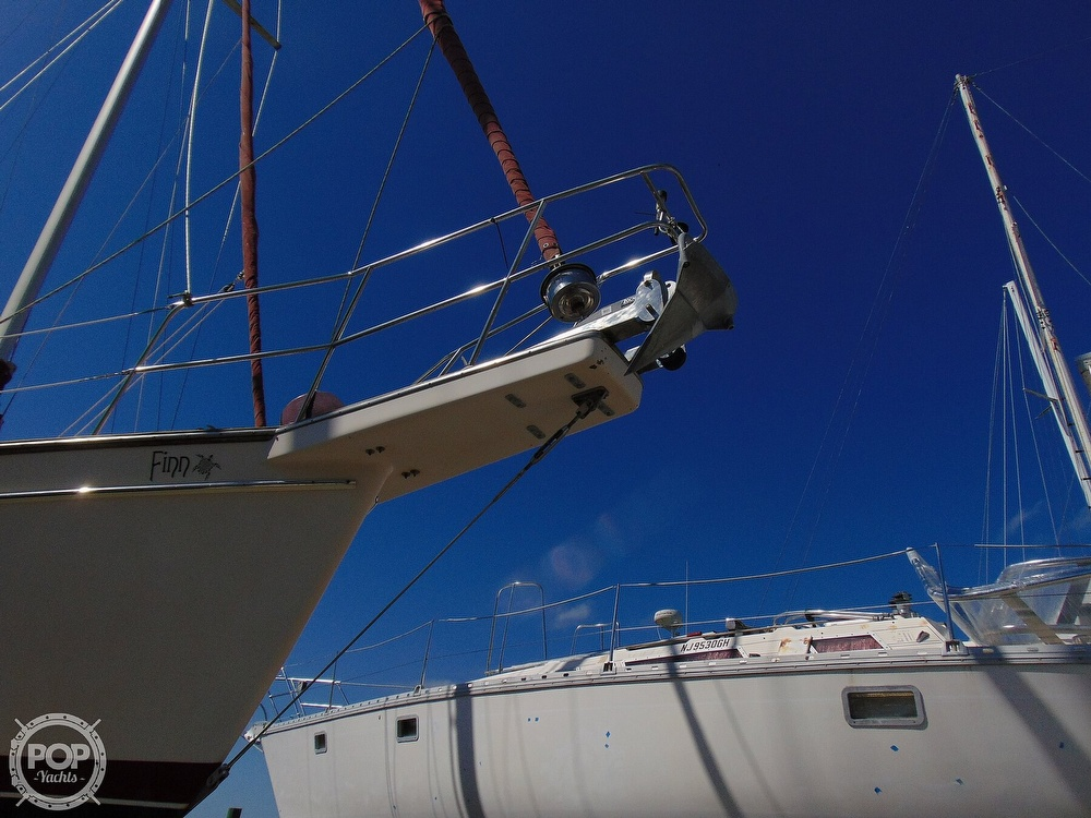 1988 Island Packet boat for sale, model of the boat is 38 & Image # 36 of 40