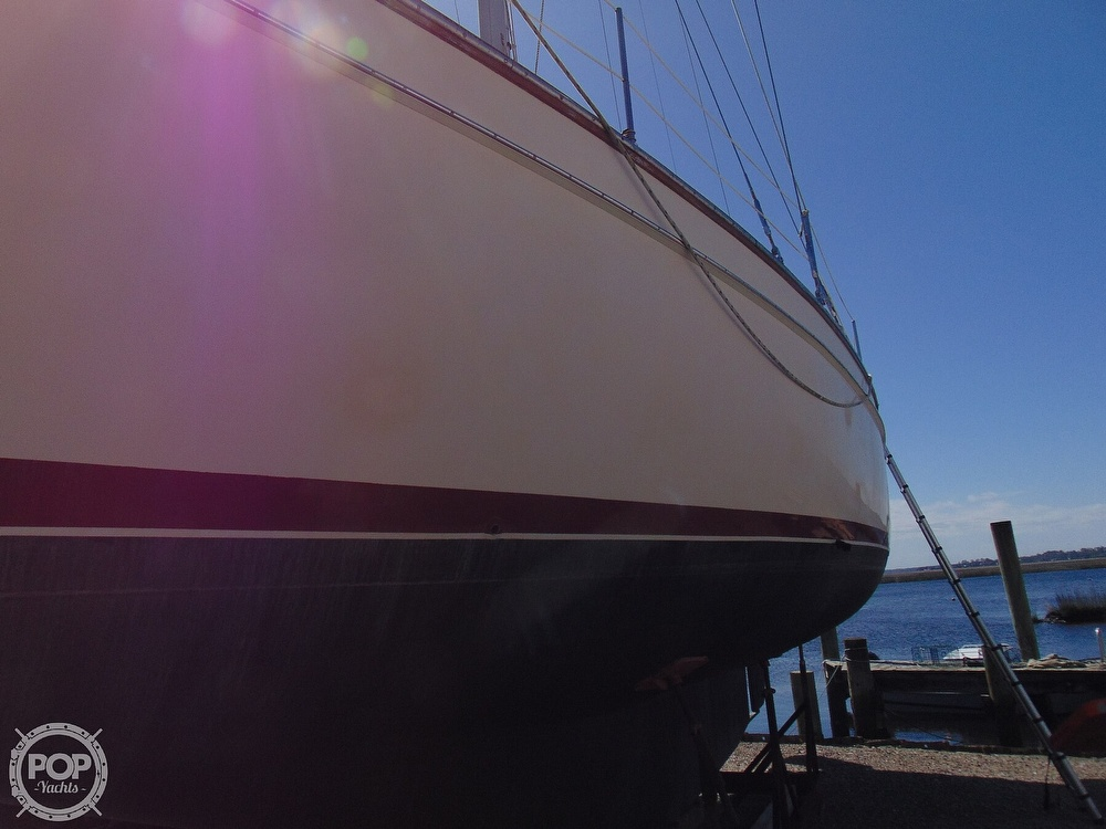 1988 Island Packet boat for sale, model of the boat is 38 & Image # 39 of 40