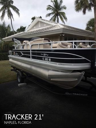 Used Pontoon Boats For Sale in Florida by owner | 2018 Tracker 21