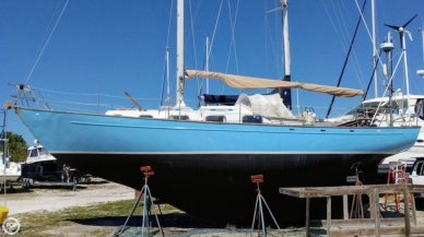 Nordica 38 Van Dam, 38', for sale - $17,500