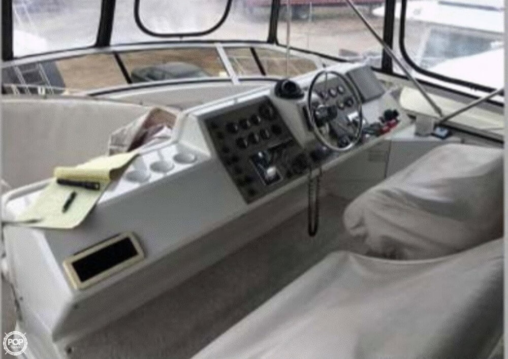 2001 Carver boat for sale, model of the boat is 406 Aft Cabin & Image # 14 of 41