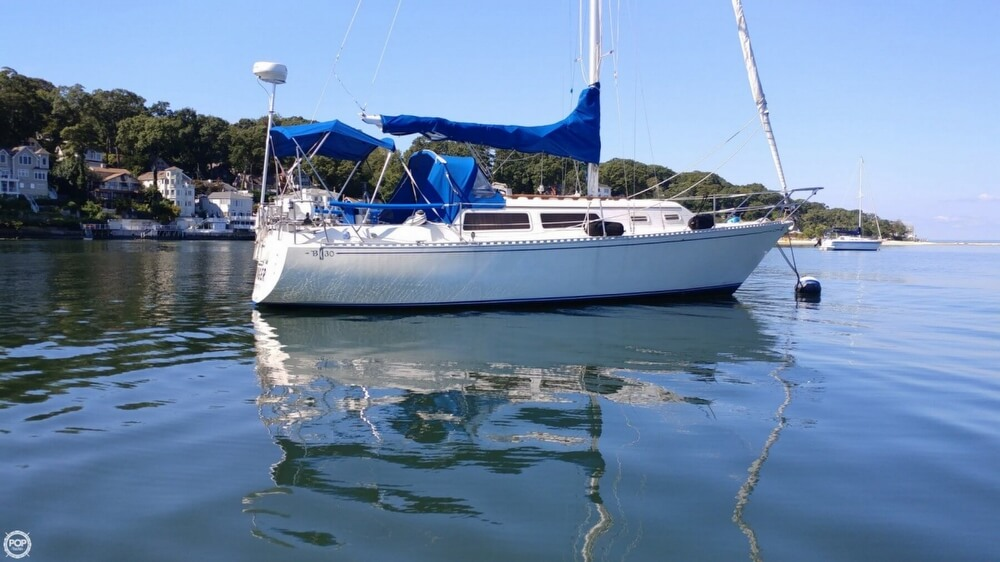 1983 Islander boat for sale, model of the boat is Bahama 30 & Image # 9 of 28