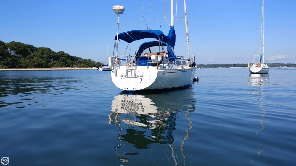 1983 Islander boat for sale, model of the boat is Bahama 30 & Image # 2 of 28