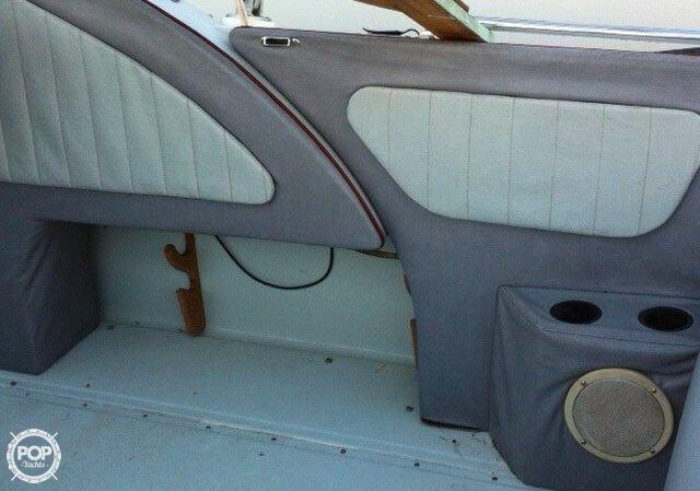 1988 Boston Whaler 2500 Temptation - Photo #11