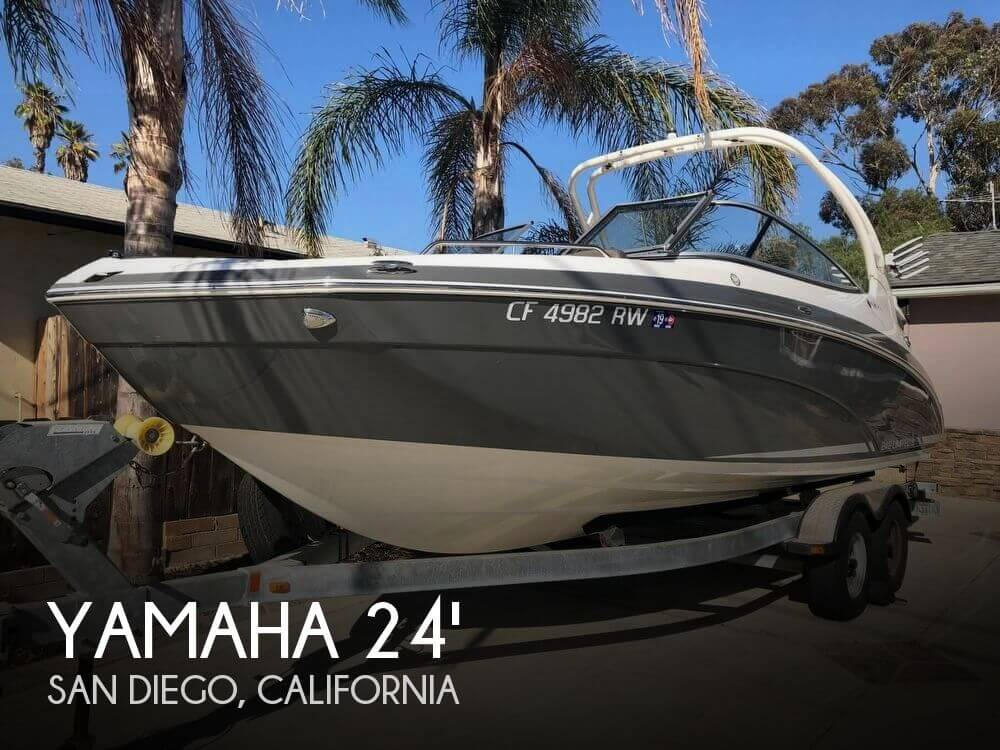 Used Yamaha Power boats For Sale by owner | 2015 Yamaha 24