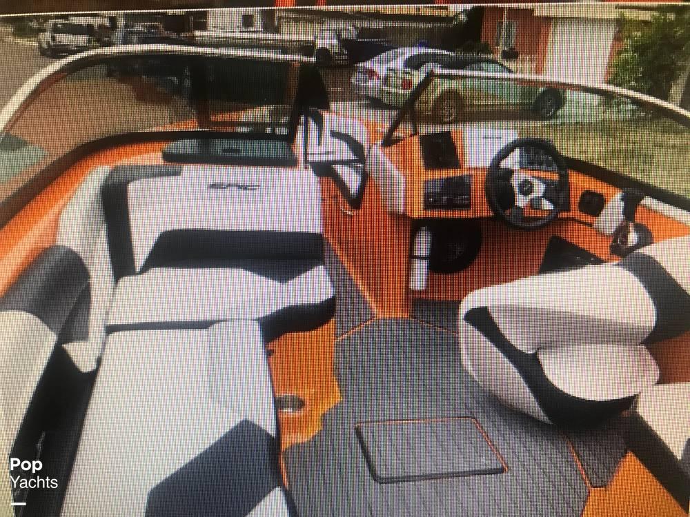 2015 Epic boat for sale, model of the boat is 23V & Image # 2 of 6