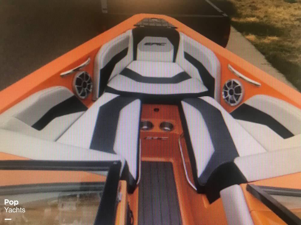 2015 Epic boat for sale, model of the boat is 23V & Image # 3 of 6