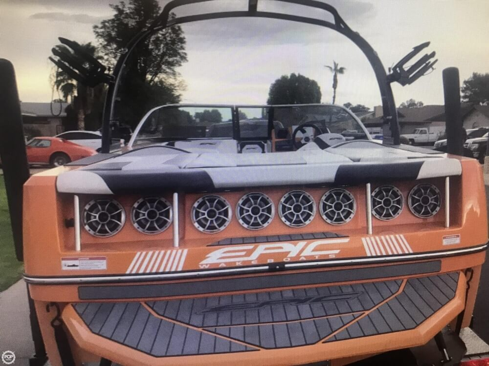 2015 Epic boat for sale, model of the boat is 23V & Image # 5 of 6