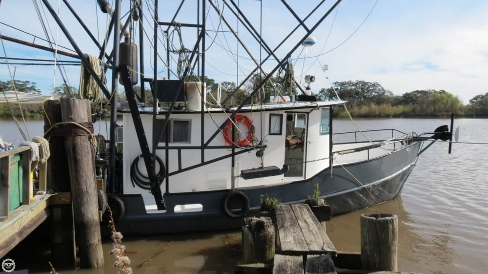 1967 Oil Screw boat for sale, model of the boat is 40 & Image # 2 of 40