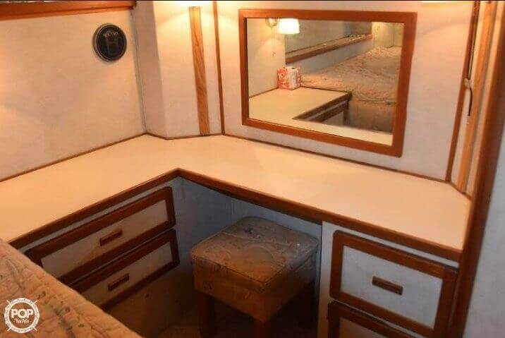1984 Uniflite boat for sale, model of the boat is 42 & Image # 12 of 27