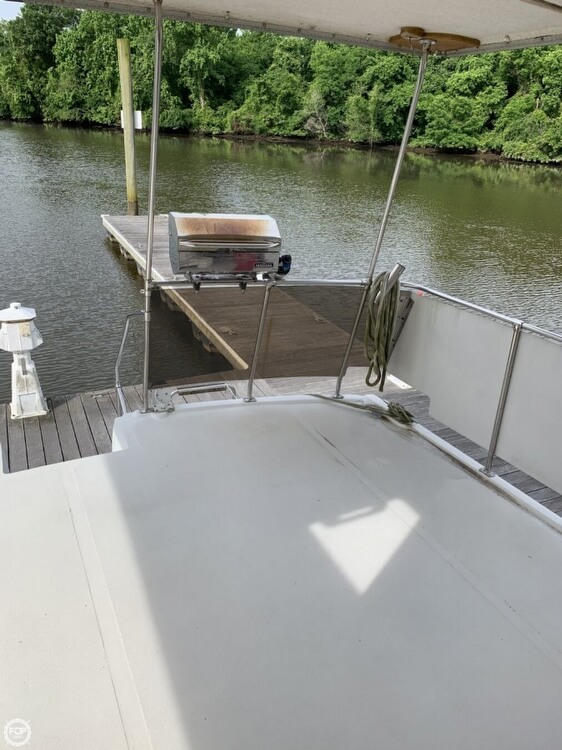 1984 Uniflite boat for sale, model of the boat is 42 & Image # 19 of 27
