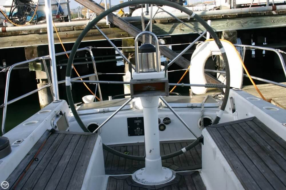 1988 Doug Peterson boat for sale, model of the boat is Custom 50 & Image # 28 of 40