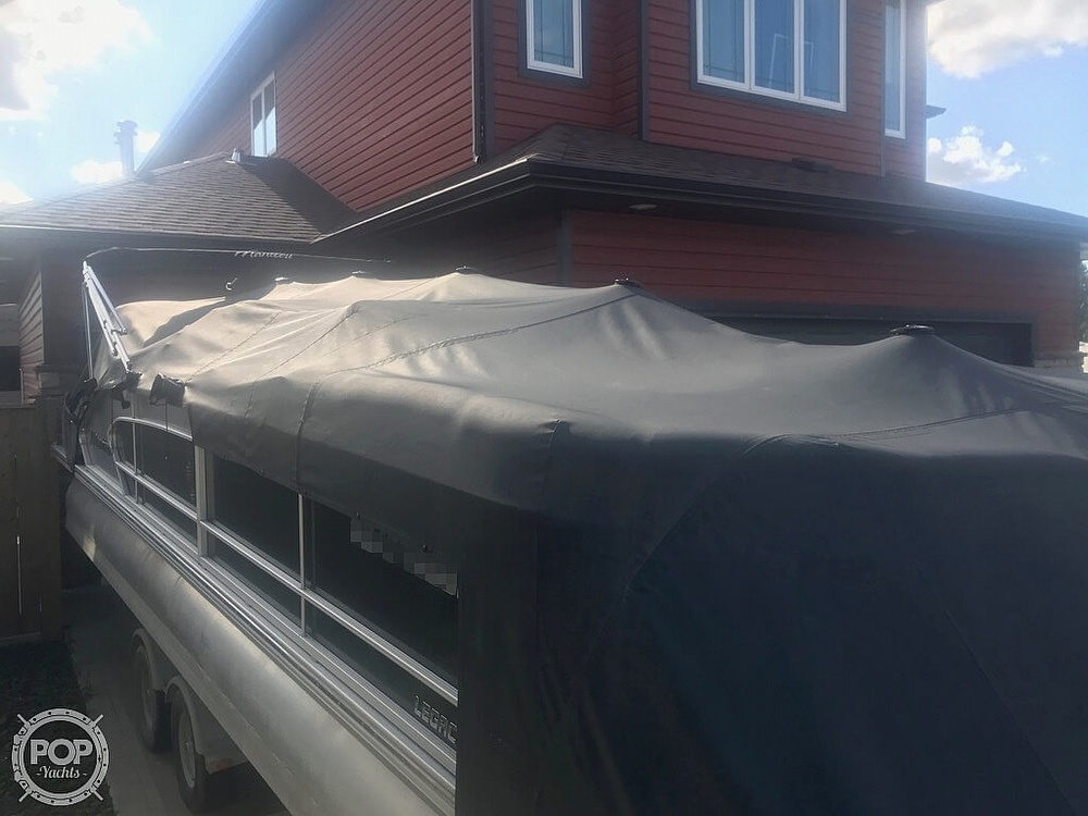 2014 Manitou boat for sale, model of the boat is 25 Legacy SRS SHP & Image # 13 of 14