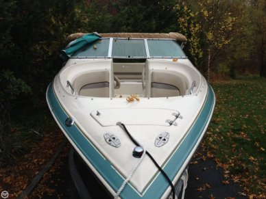 Larson 270 LXI, 26', for sale - $13,000