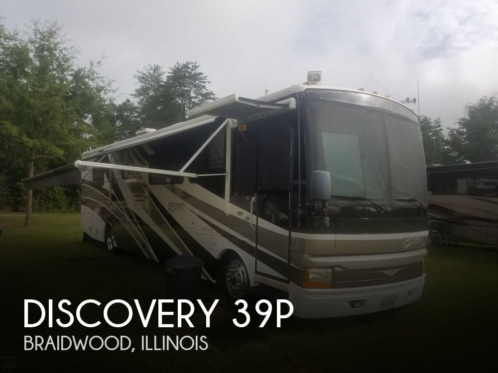 2003 Fleetwood Discovery 39