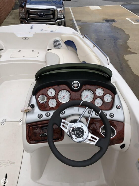 2011 Tahoe boat for sale, model of the boat is 215Xi & Image # 36 of 41