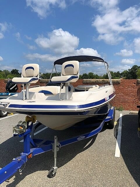 2011 Tahoe boat for sale, model of the boat is 215Xi & Image # 3 of 41