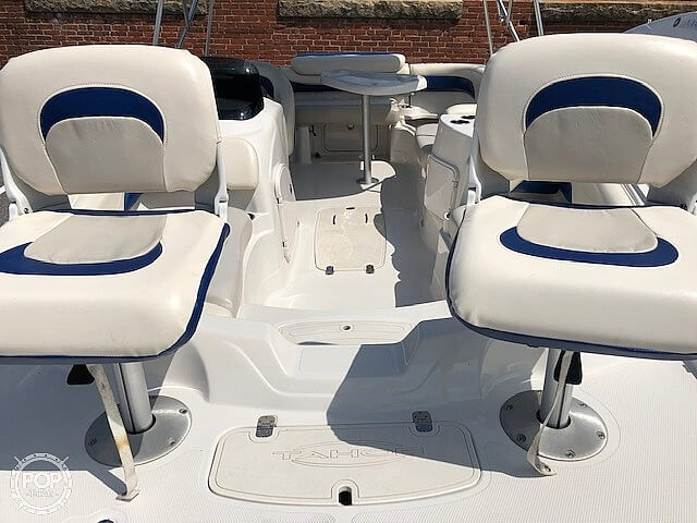 2011 Tahoe boat for sale, model of the boat is 215Xi & Image # 5 of 41