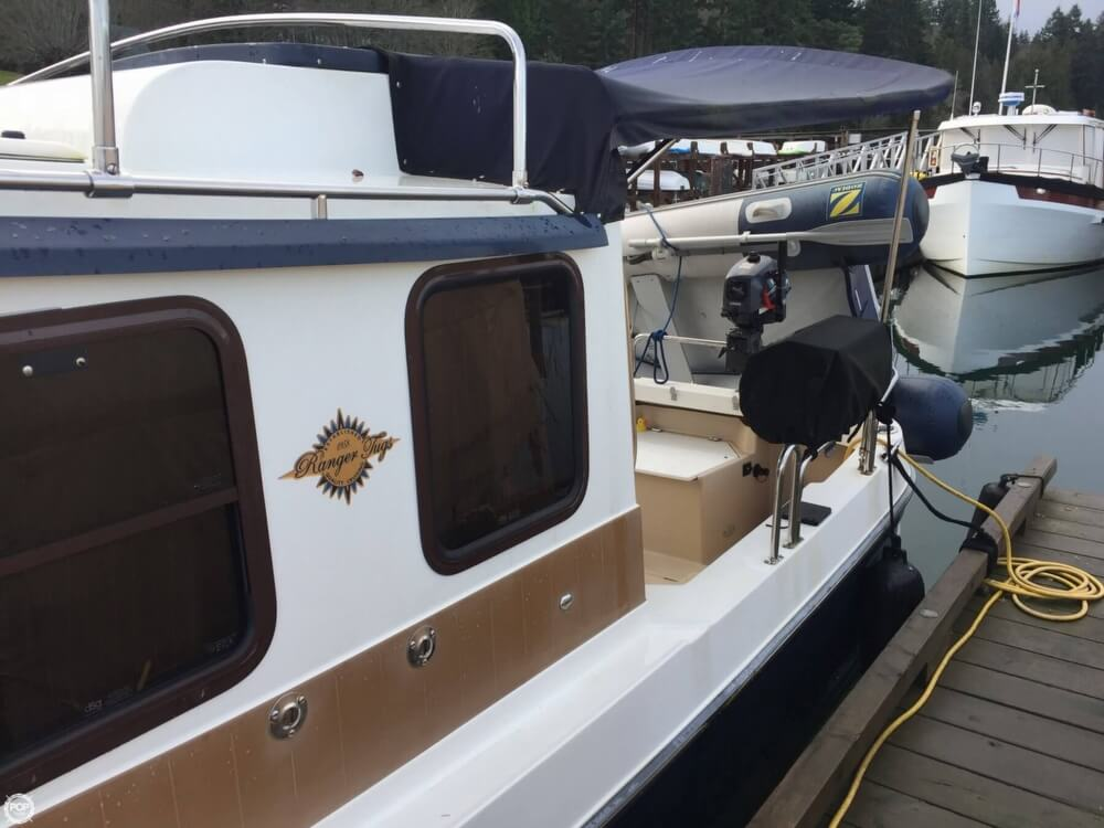 2011 Ranger Tugs boat for sale, model of the boat is 25 SC & Image # 9 of 40