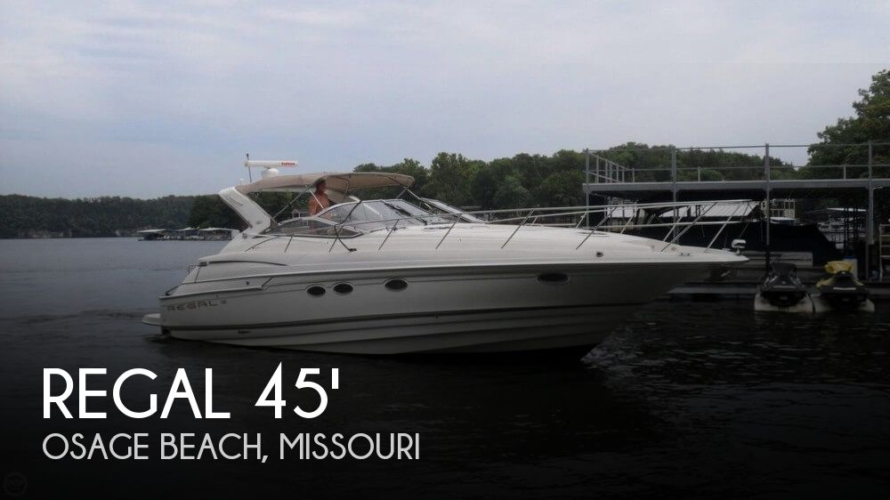 Used Boats For Sale in Missouri by owner | 2002 Regal 4260 Commodore