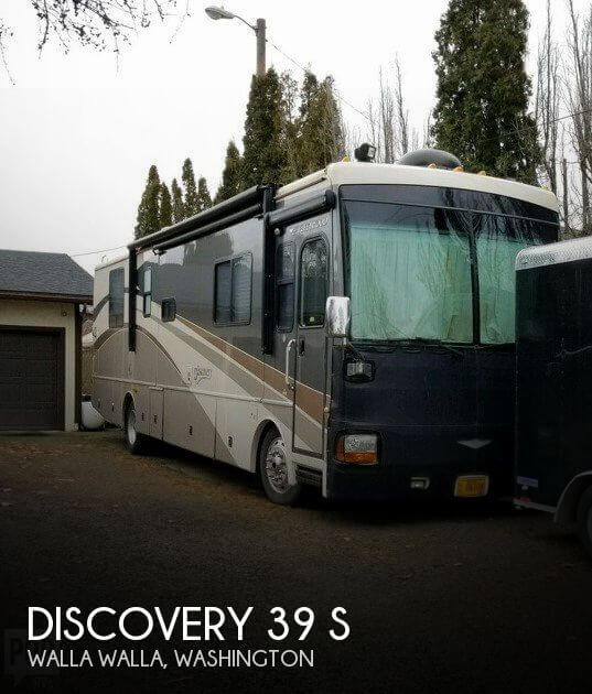 2006 Fleetwood Discovery 39