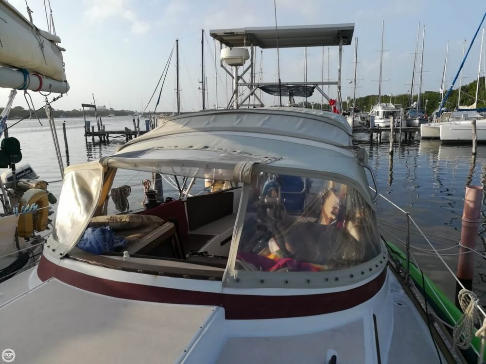 1981 Endeavour boat for sale, model of the boat is 37 & Image # 24 of 40