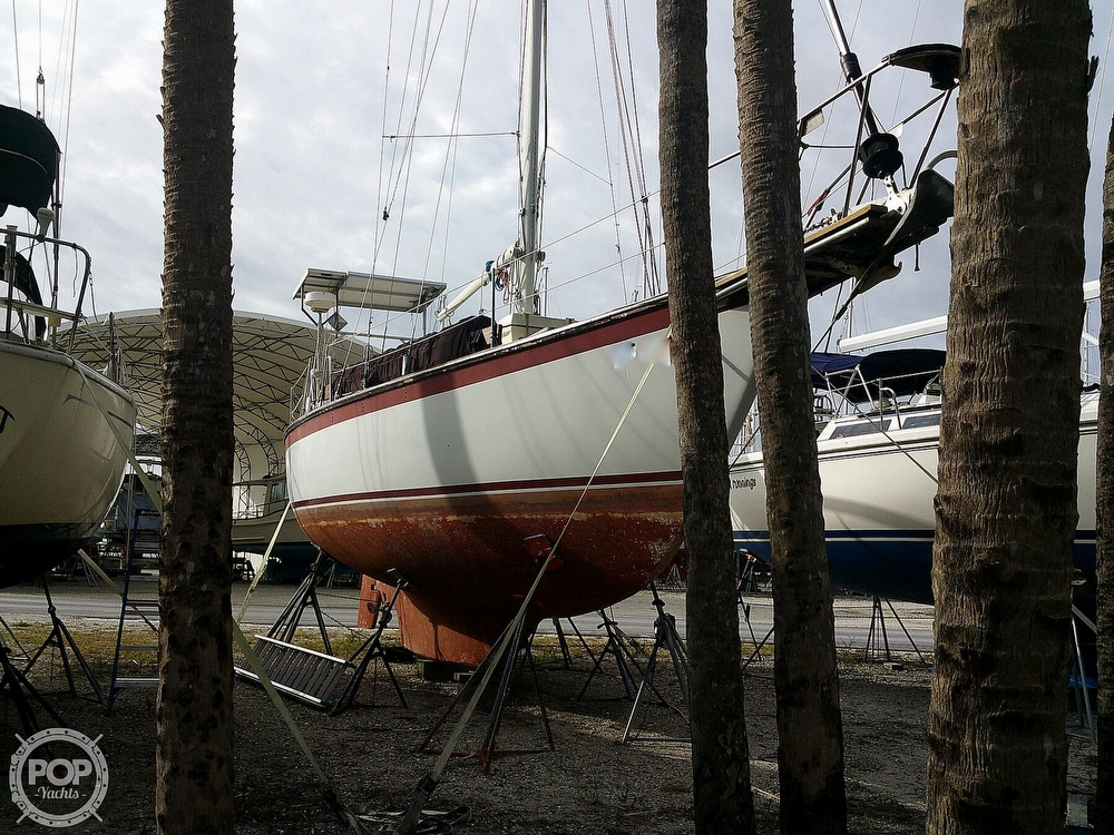 1981 Endeavour boat for sale, model of the boat is 37 & Image # 9 of 40